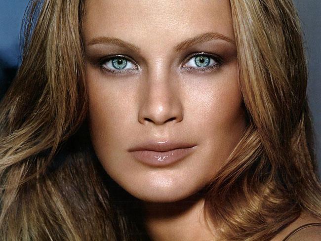 Caroline Murphy, Model