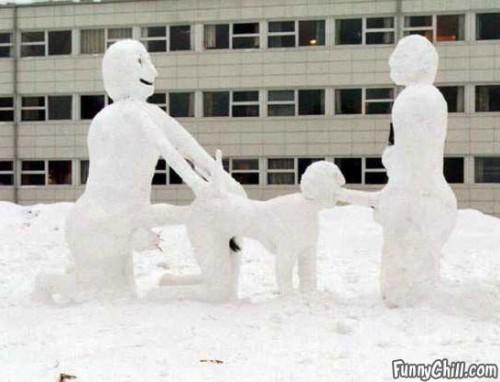 Bizarre Snowman 3