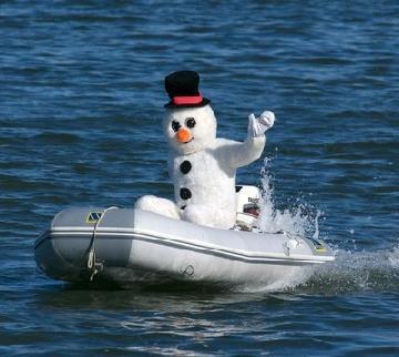 snowman-boat1