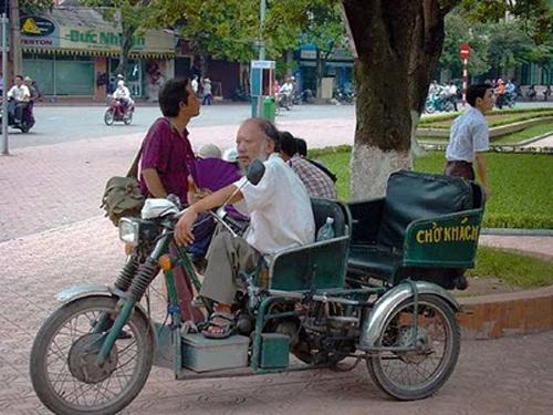 Taxi Hanoi Vietnam