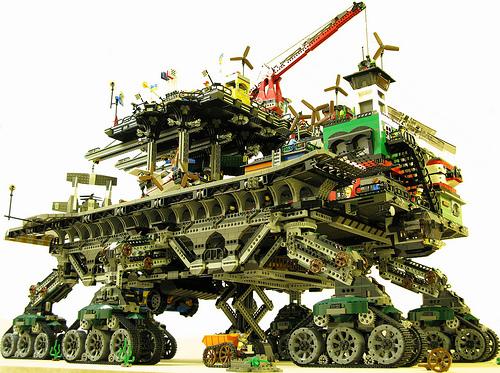 crawler town01 LEGO Crawler Town
