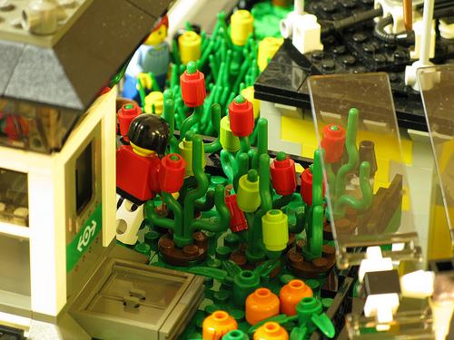 crawler town04 LEGO Crawler Town