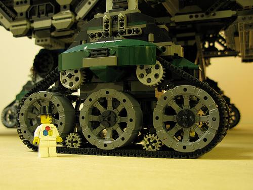 crawler town06 LEGO Crawler Town