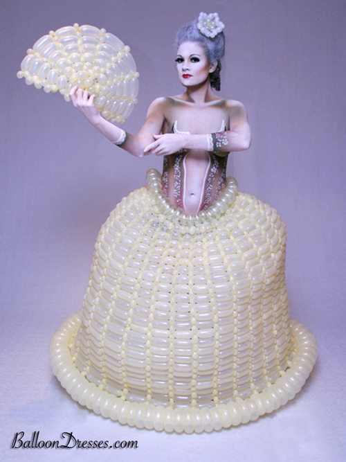 Balloons Fashion – Balloon Dresses by JoAnn Gray