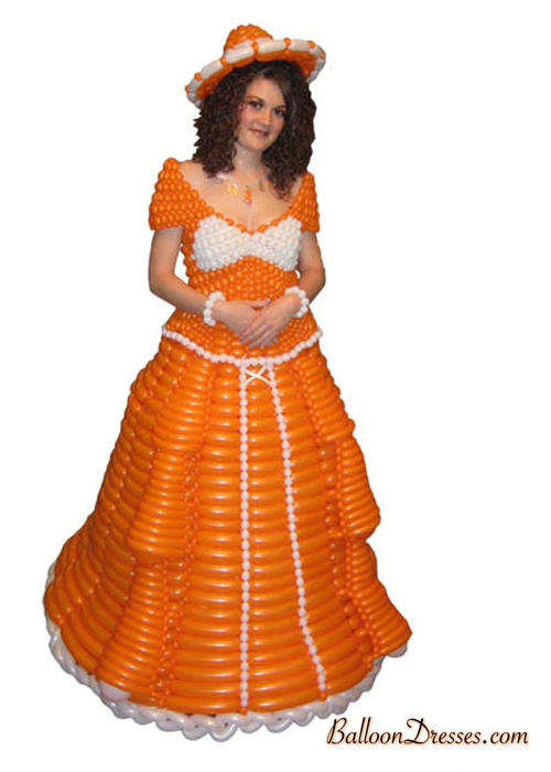 BalloonDresses07 Balloons Fashion – Balloon Dresses by JoAnn Gray