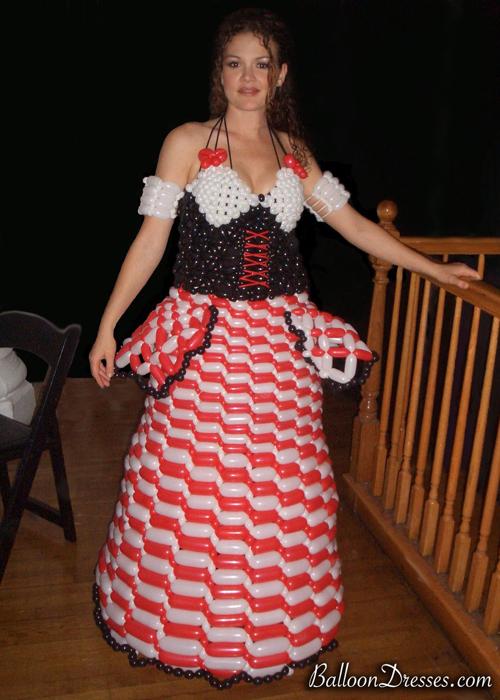 Balloons Fashion – Balloon Dresses by JoAnn Gray