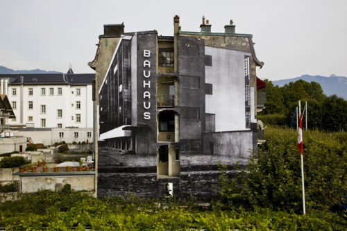 JR 20100902 500x333 Amazing Street Art by French Artist JR