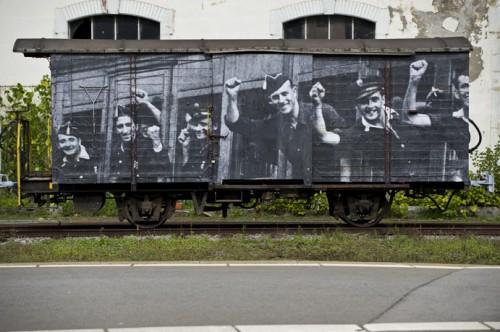 JR DSC7394 500x332 Amazing Street Art by French Artist JR