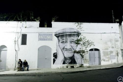 JR GROTTAGLIE art 461 500x333 Amazing Street Art by French Artist JR