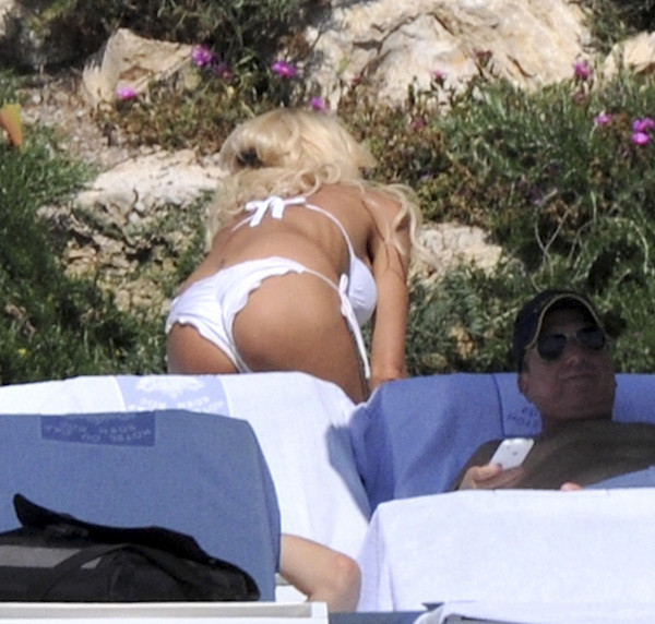 Victoria Silvstedt - Painkiller Sexy Bikini edition in Cannes!