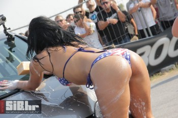 Sexy Car Wash - Sexy Girls Wash a Car