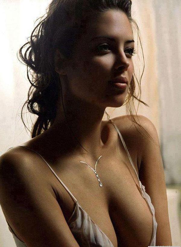 Eva Carneiro - Chelsea FC Sexy Team Doctor