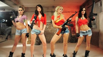 Sexy Girls and Guns