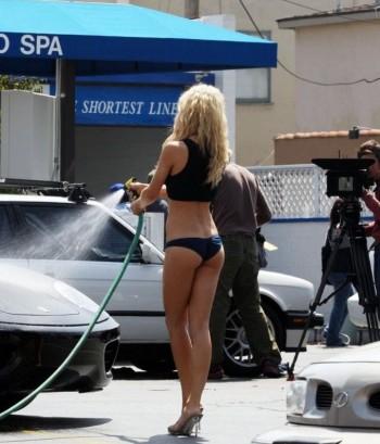Sexy girls wash Ferrari