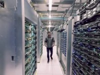 Take a Google data center tour in 360°