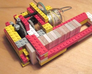 Lego domino builder