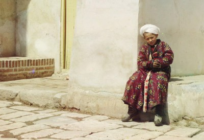 100 Year Old Color Photos