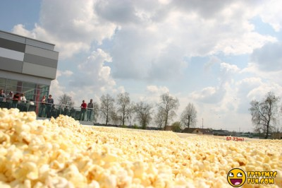 The Biggest Popcorn Box In The World