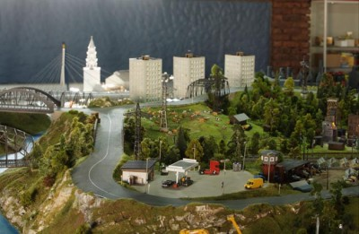 The Grandmaket - World's Largest Country in Models