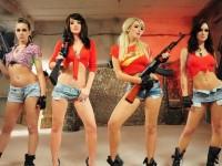 Sexy Girls and Guns