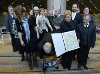 Take a picture with the President of Croatia